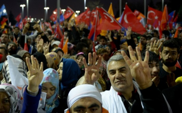 erdogan_karsilama-20131227-01.jpg