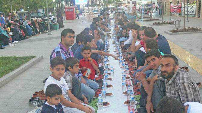 gebze-iftar-20130722-01.jpg