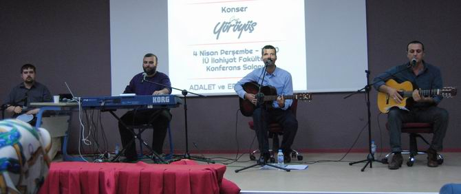 grup-yuruyus_iu_ilahiyat-fak.jpg