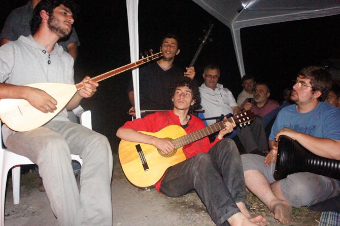 haksoz_haber_yesil_cadir_kampi_eregli-(8).jpg
