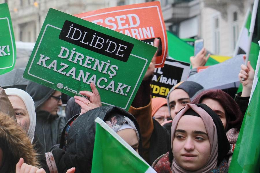 idlib-eylemi-rusyayi-protesto-taksim08.jpg