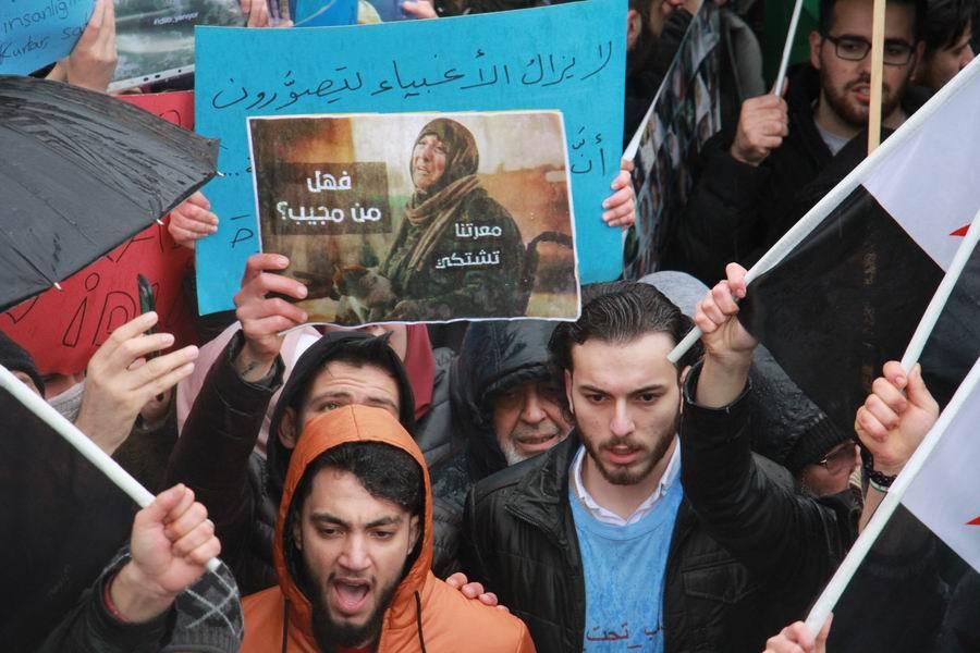 idlib-eylemi-rusyayi-protesto-taksim10.jpg