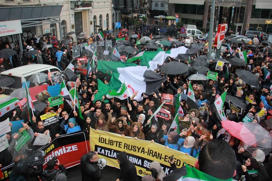 idlib-eylemi-rusyayi-protesto-taksim11.jpg