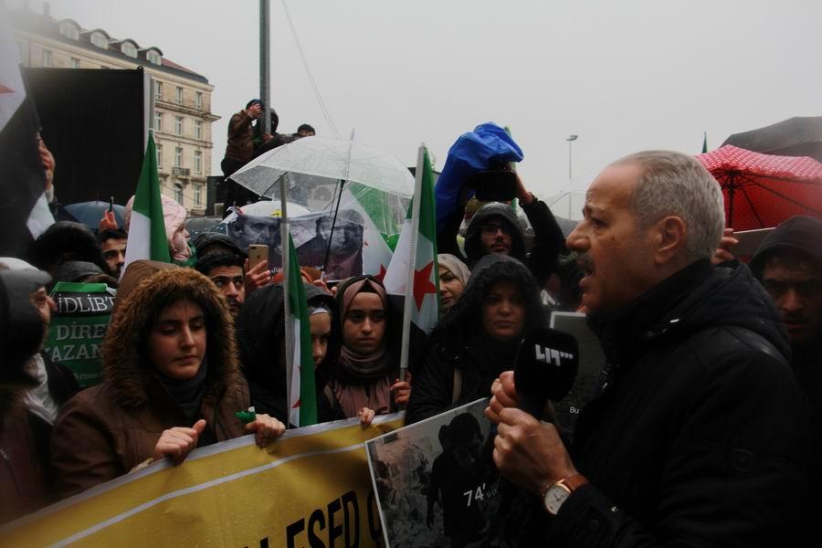 idlib-eylemi-rusyayi-protesto-taksim13.jpg