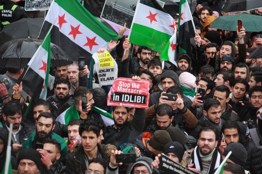 idlib-eylemi-rusyayi-protesto-taksim18.jpg