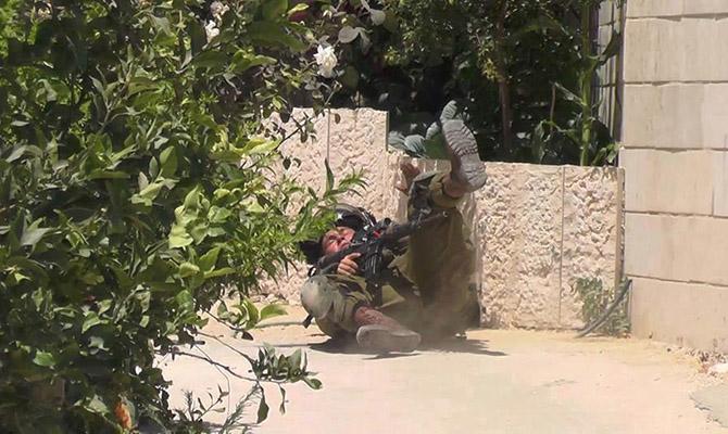 israel-israil-askeri-duserken-04.jpg