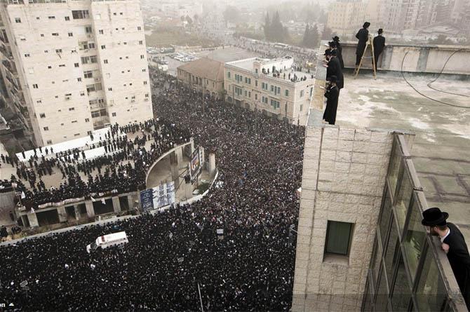 israil-dindar-yahudiler-askerlik-protestosu02.jpg