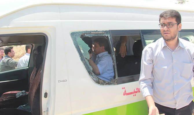 jawad-awad-cevad-avad-ramallah-saglik-bakani-protesto05.jpg