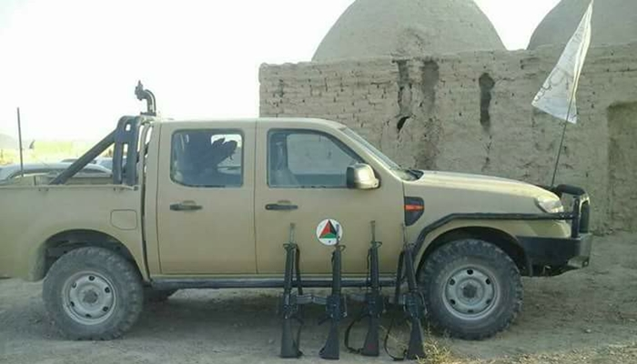 komutanlarini_oldurup_taliban_saflarina_katildilar_2.jpg