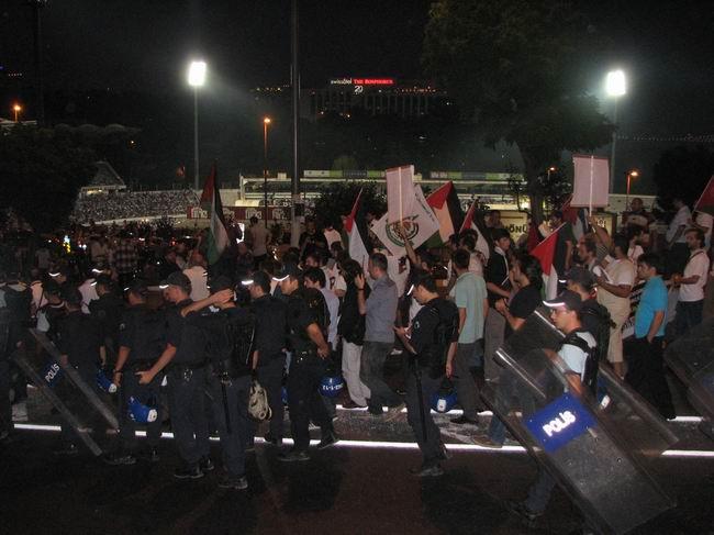 maccabi-protesto6.jpg