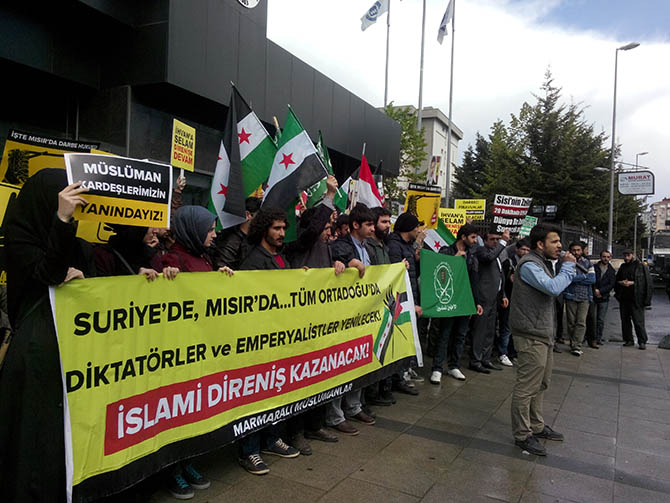 marmara_universitesi_misir_protesto-(4).jpg