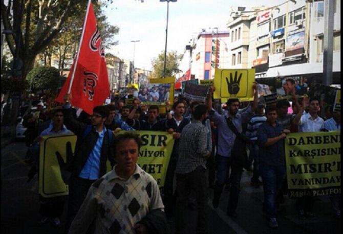 misir-darbesi-100-gun-protesto-fatih-cami-egypt-turkey-02.jpg