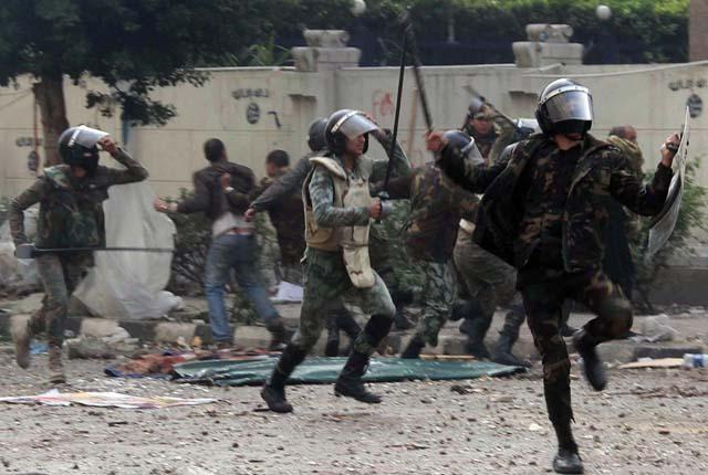 misir-tahrir-20111219-01.jpg