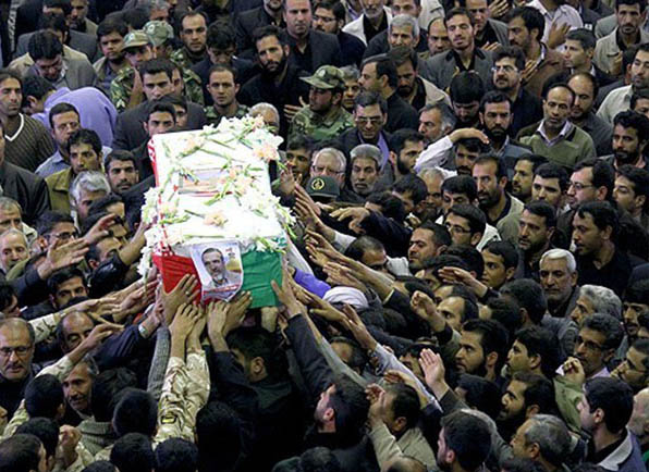 muhammed-cemalizade-cenaze-toreni_jamalizadeh-iran-devrim-muhafizlari03.jpg