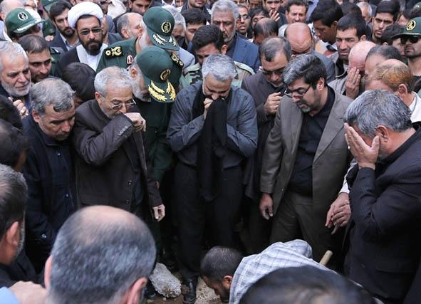 muhammed-cemalizade-cenaze-toreni_jamalizadeh-iran-devrim-muhafizlari09.jpg