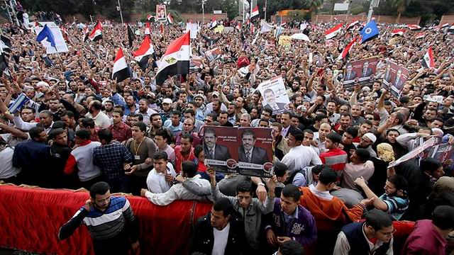 mursi-misir-egypt-morsi-protests.jpg