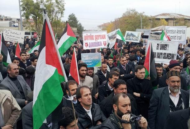 mus-protesto_19kasim2012_02.jpg