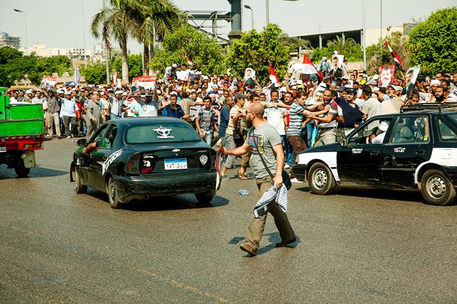 mustafa-subhi_ihvan_kahire_misir_cairo_protest01.jpg
