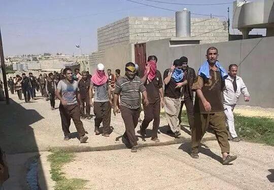 musul-bedus-hapishanesi-mahkumlari.jpg