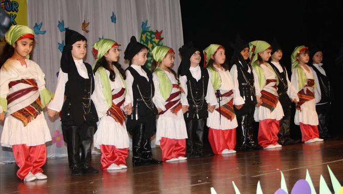 ozgur-cocuk-yilsonu-20120611-01.jpg