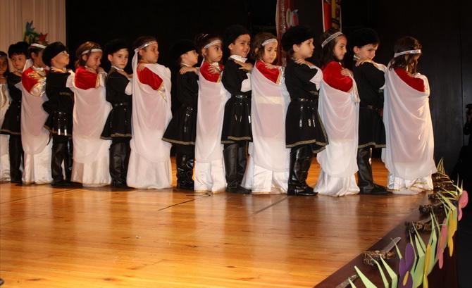 ozgur-cocuk-yilsonu-20120611-03.jpg