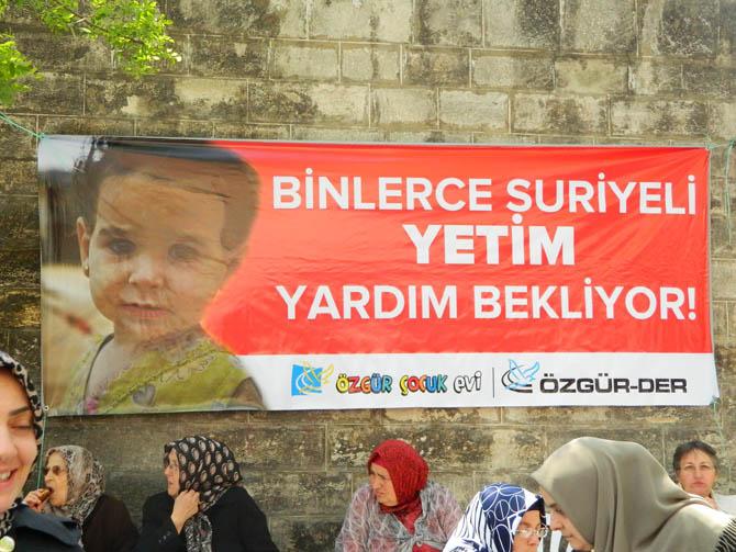 ozgur_cocuk_evi_suriyeli_yetimlere_yardim_kermesi-(4).jpg
