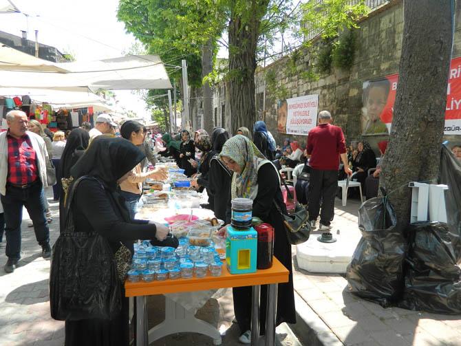 ozgur_cocuk_evi_suriyeli_yetimlere_yardim_kermesi-(5).jpg