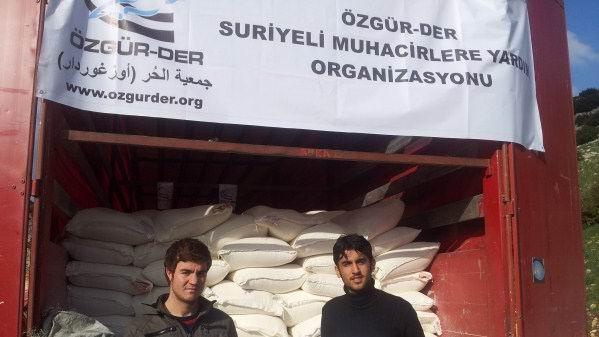 ozgurder-suriye_un-kampanyasi_yardim02.jpg
