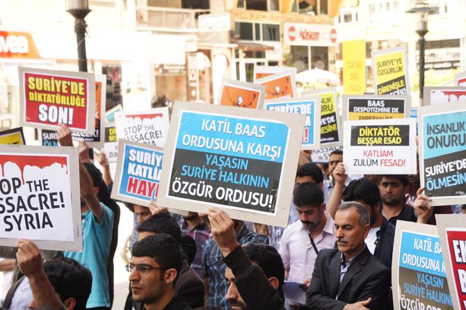 ozgurder_genclig_diyarbakir_suriye_eylem_26042012-(7).jpg