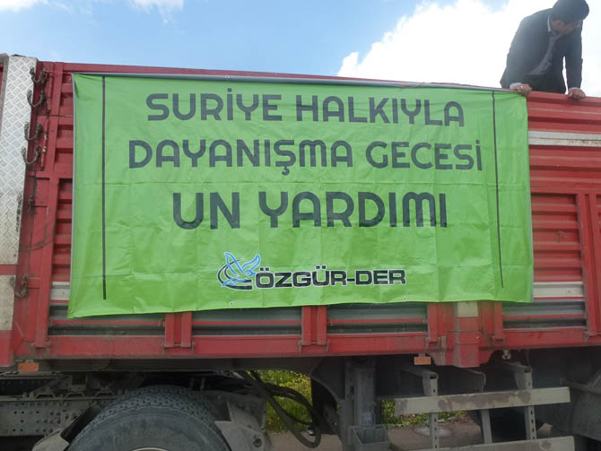 ozgurder_suriye_halkiyla_dayanisma_gecesi_un_yardimi-(4).jpg