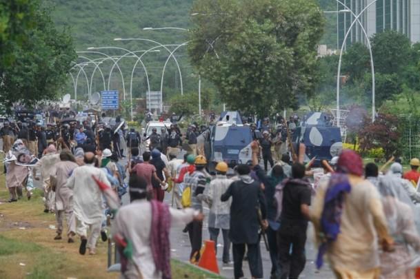 pakistan-gosteriler07.jpg