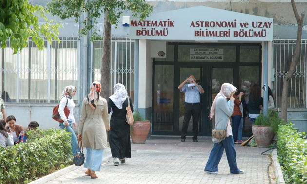 prof-dr-e-rennan-pekunlu_ege-universitesi-astroloji2.jpg