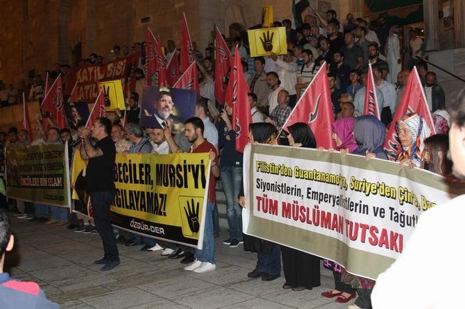 sisi-idam-protesto-20150616-07.jpg