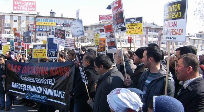 sivas-suriye-eylemi-protest_syria_18mart2012_02.jpg