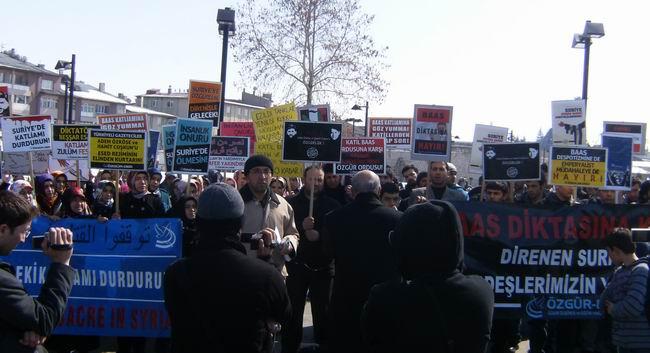 sivas-suriye-eylemi-protest_syria_18mart2012_05.jpg