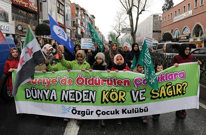 suriye-5-yil-istanbul-fatih-ozgurder-yuruyus-04.jpg