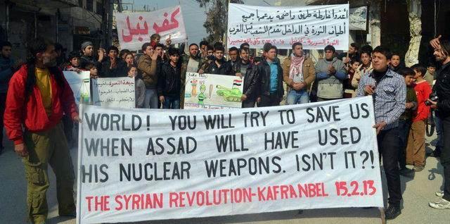 suriye-syria-kafranbel_nukleer-protest.jpg