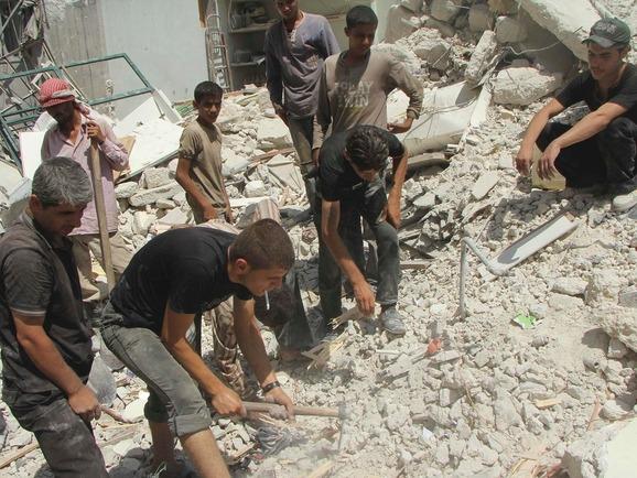 syria-bustan-al-qasr-aleppo_halep-suriye-enkaz02.jpg