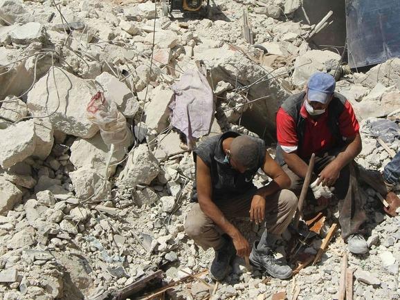 syria-bustan-al-qasr-aleppo_halep-suriye-enkaz03.jpg
