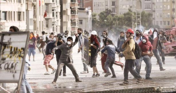 taksim_geziparki-eylemcileri.jpg