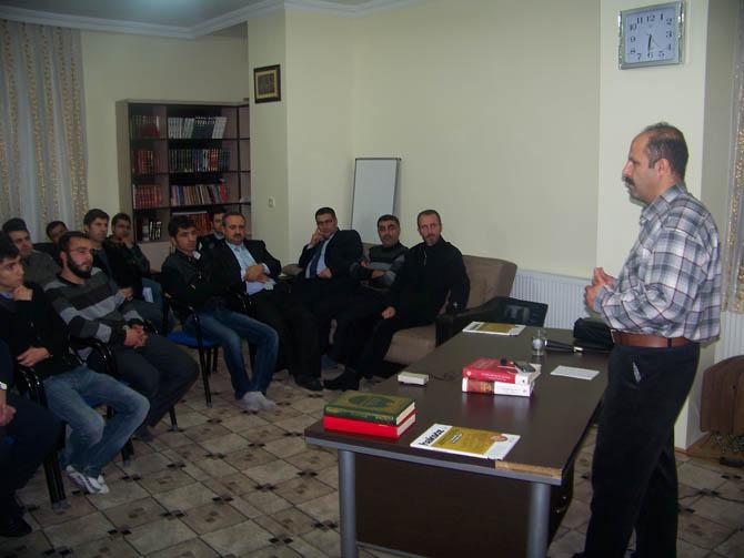 tatvan-tarih-bilinci-seminer-(4).20121222130429.jpg