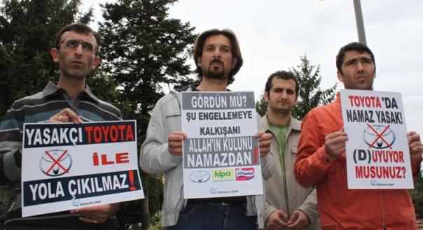 toyota-protesto-20111009-03.jpg