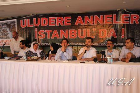 uludereli-aileler-istanbul-da_ortak-basin-toplantisi10.jpg
