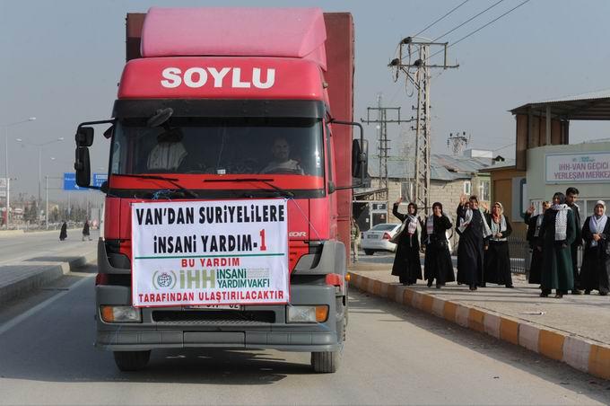 van-suriye-yardim-20130402-1.jpg