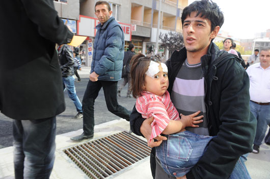 van_deprem-20111023-02.jpg
