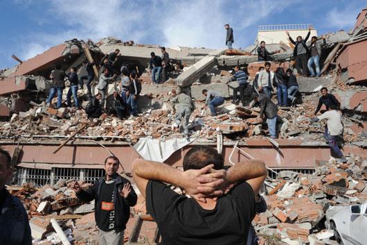 van_deprem-20111023-03.jpg