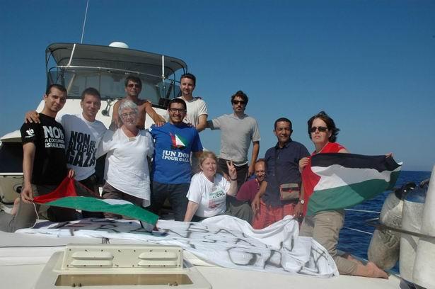 yardim-filo-canada-gaza-tahrir_flotilla_irlanda-kanada-gemi2.jpg