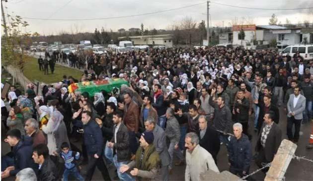 ypjli-reda-pehlivan-diyarbakir-kobani-cenaze.jpg