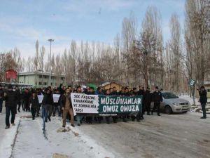 YYÜ Öğrencilerinde Üniversitelerdeki Sol Saldırganlığa Protesto