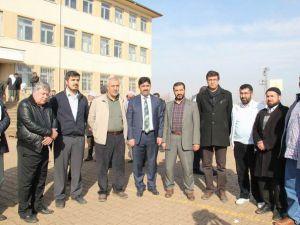 İslami STK'lardan Cafer Gizli'nin Ailesine Taziye Ziyareti